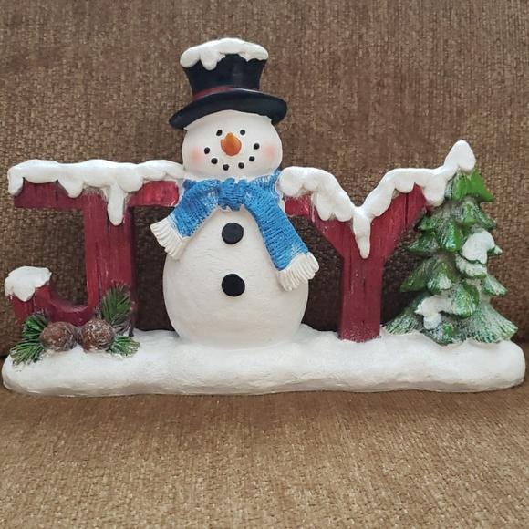 Snow Country Christmas Snowman Decor
